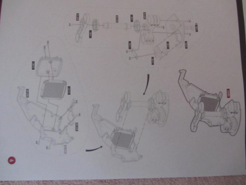 DUCATI SUPERBIKE 1299 PANIGALE S -  1:4 - Pocher gebaut von XEDOS - Seite 2 Img_6415