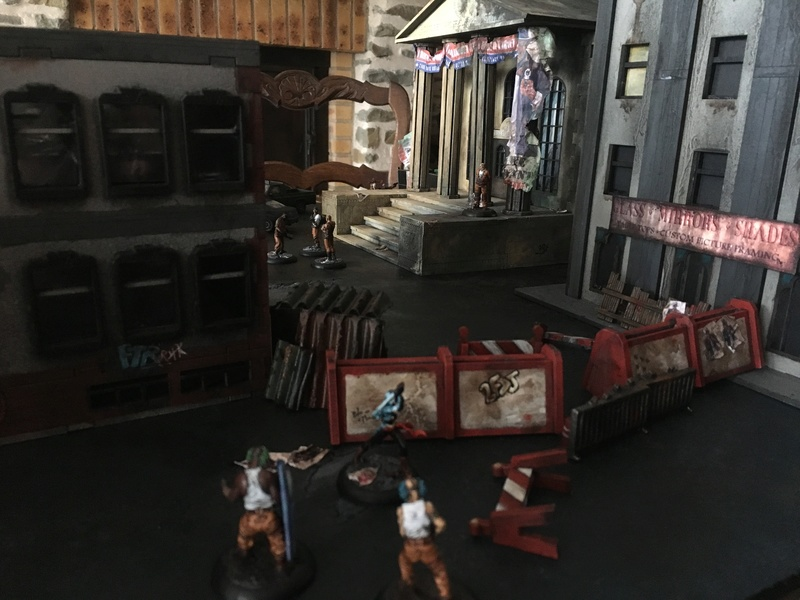 Arkham City made in Grob... - Page 2 Img_0711
