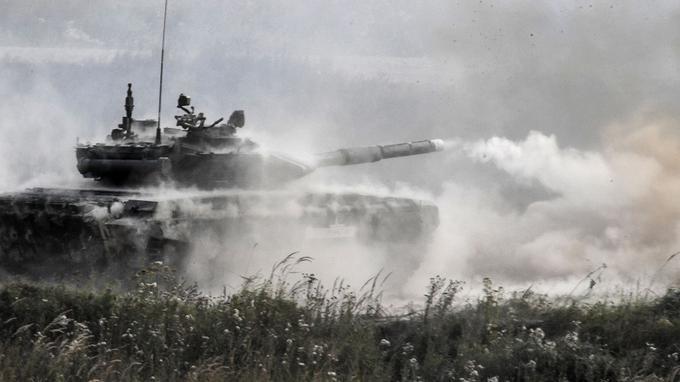 La Russie lance de vastes manœuvres militaires aux portes de l'Europe Xvm07710