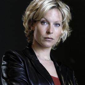 Céline Frémont (par Rebecca Hampton) Arton411