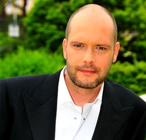 Guillaume Leserman (par Virgile Bayle) Leserm10