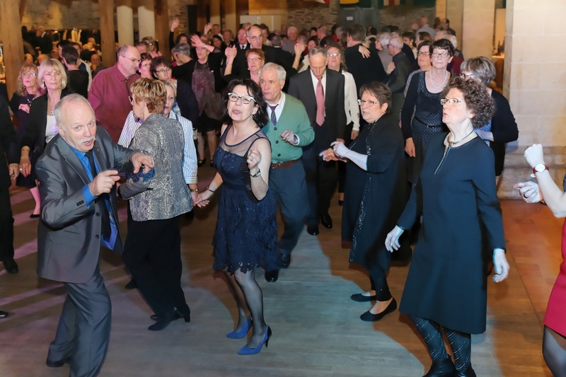 [ Associations anciens Marins ] Une nouvelle nuit de la Marine pour L'AMMAC d'Angers Bal20126