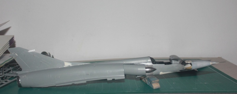Mirage 50 EV   (kinetic 1/48 + scratch) Img_3119