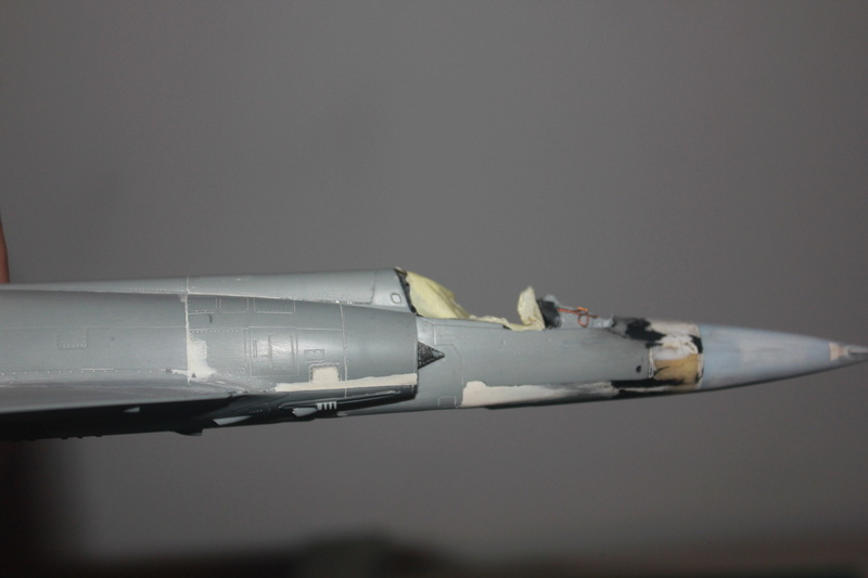 Mirage 50 EV   (kinetic 1/48 + scratch) Img_3132