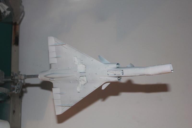Mirage 50 EV   (kinetic 1/48 + scratch)  FINI - Page 2 Img_3155