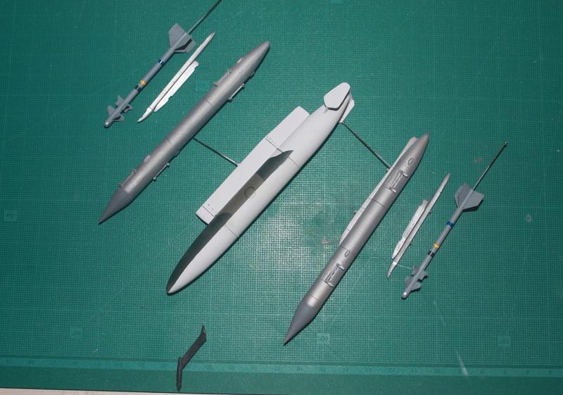 Mirage 50 EV   (kinetic 1/48 + scratch)  FINI - Page 2 Img_3211