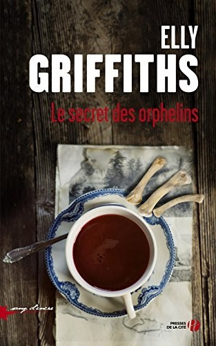 GRIFFITHS, Elly Couv1212