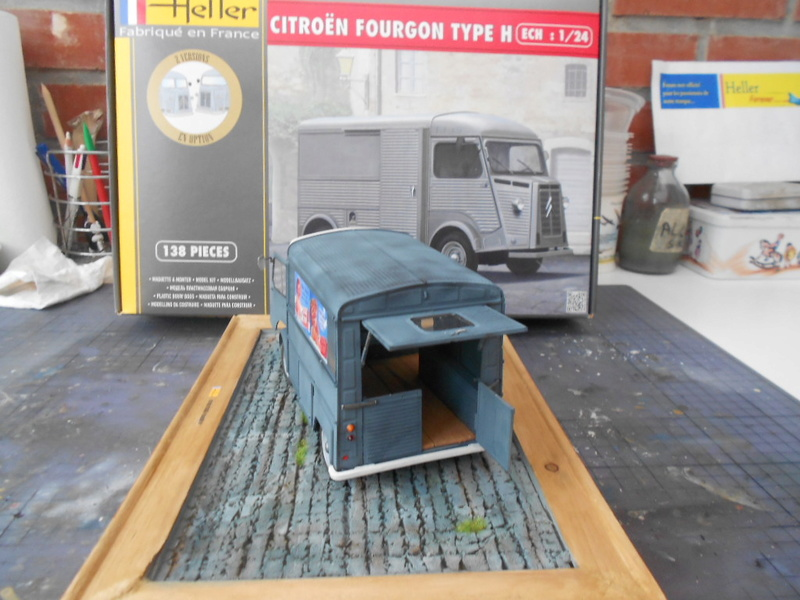 Citroën fourgon type h  1/24  heller - Page 4 Hy_ter37