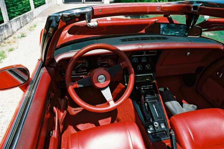 Corvette 82 Int210