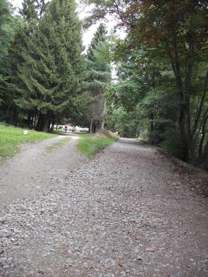 RAVeL 5 Ourthe Liege - Durbuy - Itinéraire N°7 - Sur la route des Ardennes - Page 4 Combla13