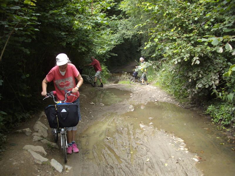 RAVeL 5 Ourthe Liege - Durbuy - Itinéraire N°7 - Sur la route des Ardennes - Page 4 Petit_12