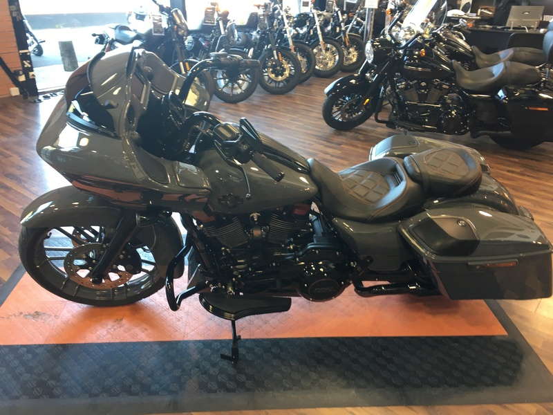 Road Glide CVO 2018 - Page 2 Img_2813