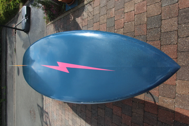 [Vendu] 9'4 Custom Rétro Single Maz Boards Carbone / Innegra TBE 600€ Img_2211