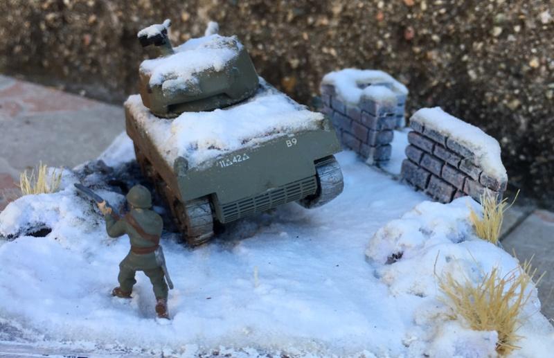 Sherman sous la neige 1/72 - Page 3 Img_7414