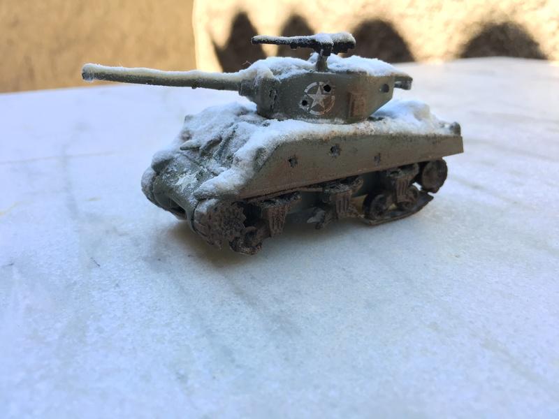 Sherman sous la neige 1/72 - Page 3 Img_7415