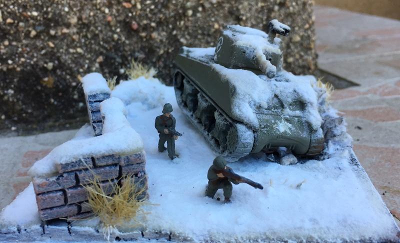Sherman sous la neige 1/72 - Page 3 Img_7416