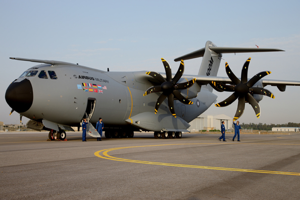 Airbus A400M - Page 2 Legend10