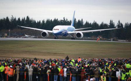 Le Boeing 787 est arrivé - Page 2 Xinsrc11
