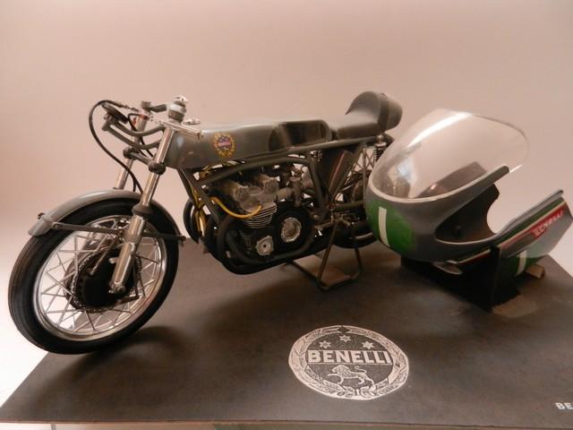 Moto Benelli 250cc 01017