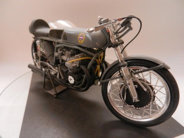 Moto Benelli 250cc 01117