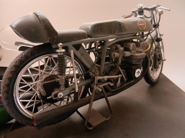 Moto Benelli 250cc 01217