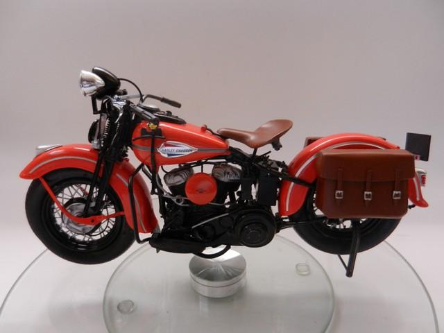 Moto Harley-Davidson WLA45 02512