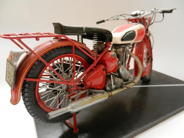 Moto Triumph 3H-350CC - ESCI 1:9 03015