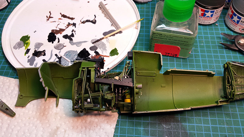 "Tamiya 1/32 F4U-1A: Lt P. Whiting ""Luscious Lil-Nan 0911"