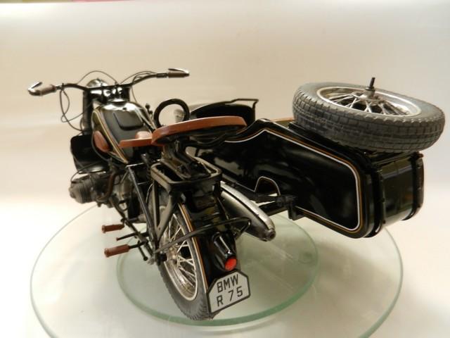 Moto BMW avec sidecar Dscn2323