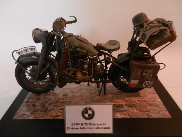 Moto BMW R/75 Solo Wehrmacht Division Infanterie Dscn4610