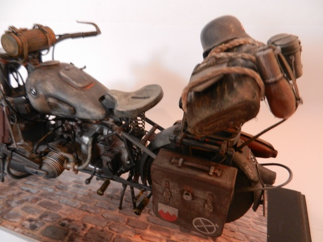 Moto BMW R/75 Solo Wehrmacht Division Infanterie Dscn4611