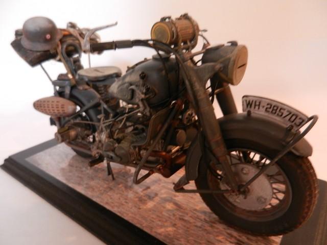 Moto BMW R/75 Solo Wehrmacht Division Infanterie Dscn4612