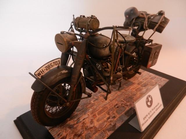 Moto BMW R/75 Solo Wehrmacht Division Infanterie Dscn4613