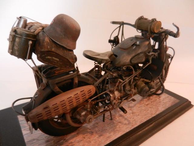 Moto BMW R/75 Solo Wehrmacht Division Infanterie Dscn4615