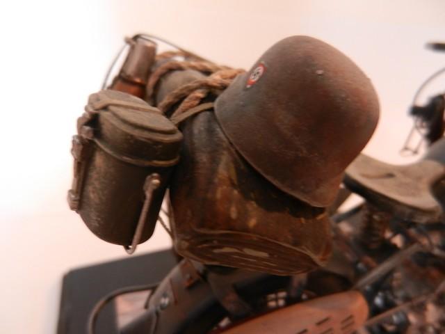 Moto BMW R/75 Solo Wehrmacht Division Infanterie Dscn4618