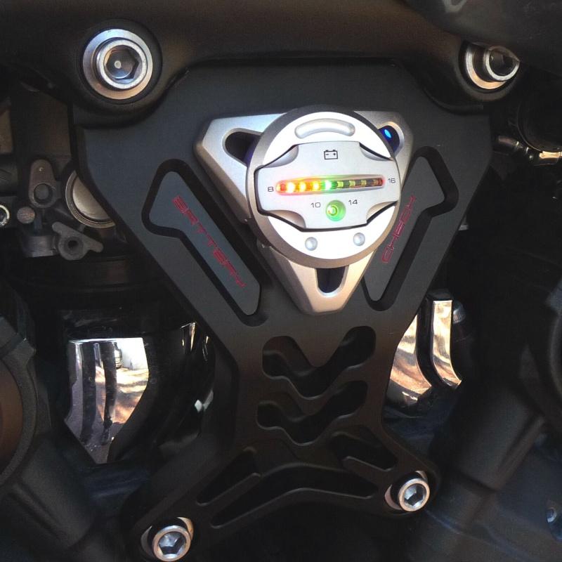 Nouveau support moteur Vmax 1700 - Page 2 P1040010
