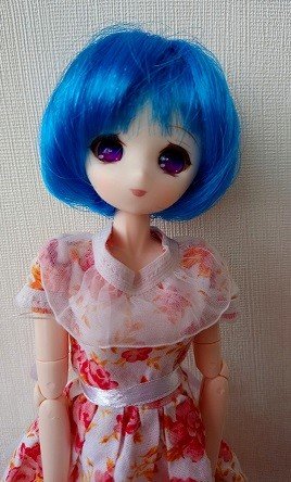 [Obitsu 27, Chara B ] Miho essaye un corset (bas p.2) Dsc_0011