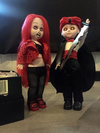 [VENDS] Living Dead Dolls (modèles rares) Img_8331
