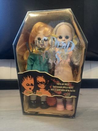 [VENDS] Living Dead Dolls (modèles rares) Img_8333