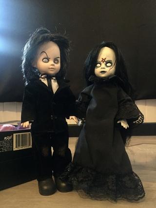 [VENDS] Living Dead Dolls (modèles rares) Img_8336