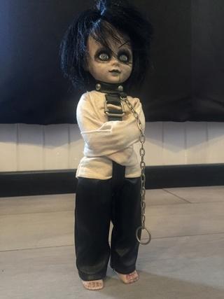 [VENDS] Living Dead Dolls (modèles rares) Img_8337