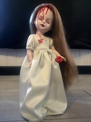 [VENDS] Living Dead Dolls (modèles rares) Img_8338