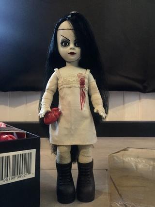 [VENDS] Living Dead Dolls (modèles rares) Img_8343
