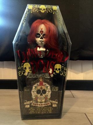[VENDS] Living Dead Dolls (modèles rares) Img_8410
