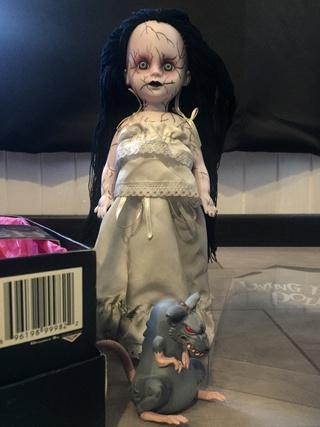 [VENDS] Living Dead Dolls (modèles rares) Img_8414