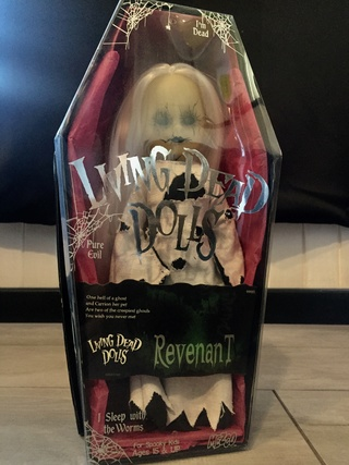 [VENDS] Living Dead Dolls (modèles rares) Img_8418