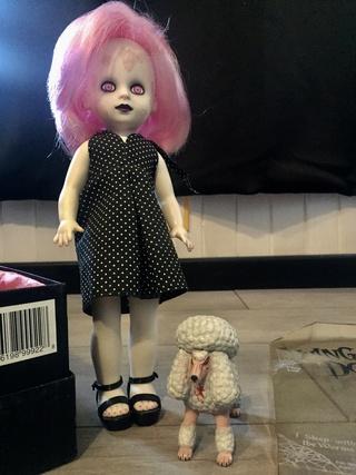 [VENDS] Living Dead Dolls (modèles rares) Img_8429
