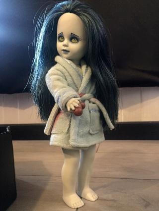 [VENDS] Living Dead Dolls (modèles rares) Img_8430