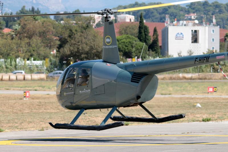 Demi-tour de France en hélicoptère Robinson R44 Img_0319