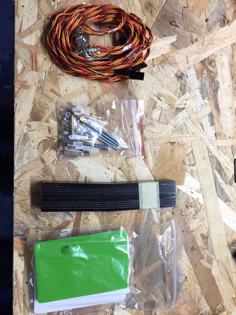 VENDU - kit neuf Tragi Cluster 802 X - F5J Img_7311